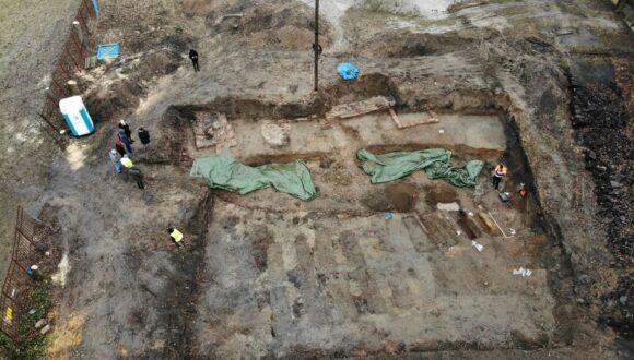 Rozmowy z inwestorem nt. wyeksponowania odkrywki archeologicznej w Parku Steffensów